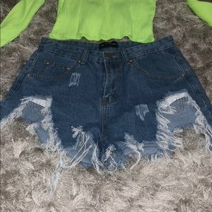 High waisted shagged Jean shorts